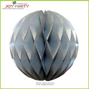 Una sfera di carta dei 8  favi decorativi d'argento