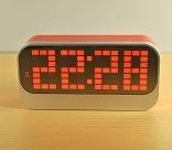 高品質の熱いデジタル時計のホーム装飾LEDのクロック方法置時計