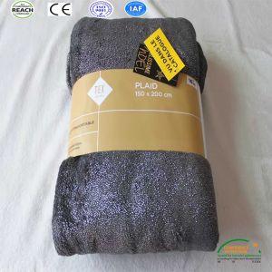 良質の淡いブルーのソファは羊毛毛布を投げる