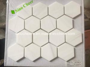 Weiße Marmorsteinmosaiken
