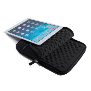Ipadsのためのユニバーサル水証拠そして耐震性のラップトップの袖
