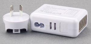 Caricatore multifunzionale di corsa del USB dell'universale 4 del Portable