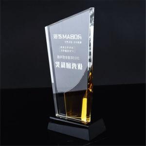 Vetro trasparente libero bianco con il premio di cristallo personalizzato blu giallo variopinto del trofeo inciso con i regali bassi neri del ricordo