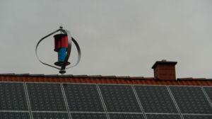 1000W Turbine éolienne à axe vertical et panneau PV
