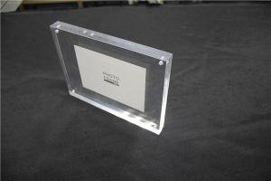 高い透過明確なアクリルのFramelessの額縁、磁気アクリルの写真フレーム、アクリルのブロック