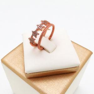 Monili d'imitazione dell'anello di diamante delle donne di figura della stella