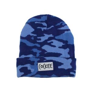 冬のアクリルのCamoによって編まれる無能の帽子の帽子