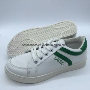 Estilo clásico de inyección de los hombres zapatos deportivos zapatos de suela blanda Skateboard (YJ18511-2)