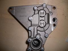 エンジン部分の油ポンプ12166779/12159765 (DUETZ TD226B)