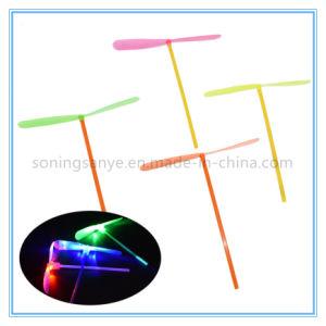 DTY0054 Bambusbeleuchtung-Blitz-Flugzeug-Spielzeug der libelle-LED