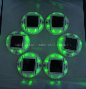 Viti prigioniere solari infiammanti Anti-UV della strada del semaforo della plastica LED del policarbonato