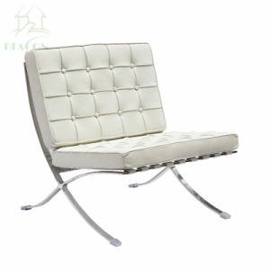 Replica MiesヴァンDer Roheバルセロナの家具の居間の革単一のソファー