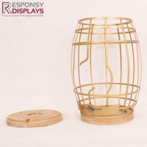 Estante de vino contador hecha de metal y bambú
