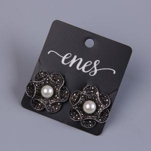 Il nero di marca di Sinicline con le schede di plastica dei monili di stampa bianca di marchio