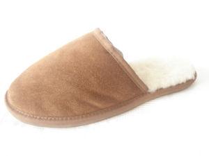 La peau de mouton pantoufles