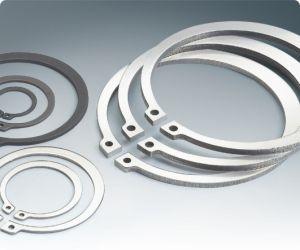 Снимите стопорное кольцо и стопорное кольцо (DIN471/DIN472/DIN6799)