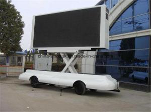 熱い販売のP8 P6 P10のトレーラーを広告する屋外のLED表示ボード