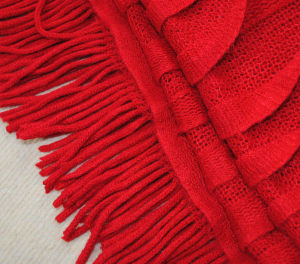 Fashion Acrylic Knitted Fringedの女性ショールのポンチョ(YKY4156)