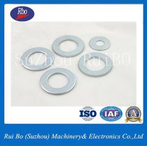 Des pièces industrielles de rondelles plates de la norme DIN125