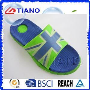 Pantoufles pour enfants latérales en PVC de haute qualité (TNK24921)