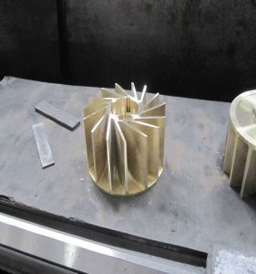 Трубопровод с помощью воды контура вакуумного насоса