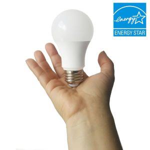 B22ランプベース品質Plastic+AlのA60 9W LEDの球根ETLおよびTUVマークとの180度のビーム角