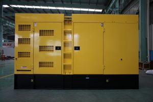 Generatore silenzioso eccellente di 400kVA/320kw Cummins (GDC400*S)