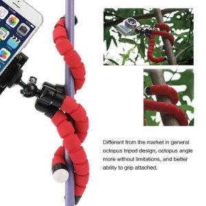 携帯電話の台紙のユニバーサルSmartphoneの三脚のホールダーの立場