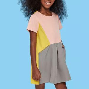 소녀 소형 세부사항 색깔 구획 복장