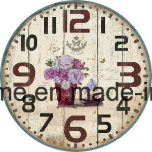 La maggior parte del orologio di parete splendido del MDF dell'annata con i fiori alla moda pastorali per la decorazione interna della casa del salone
