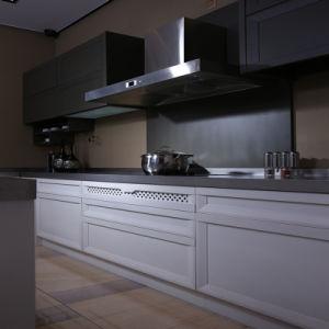 Livro branco de alta qualidade Welbom armário de cozinha de design de mobiliário de madeira sólida Design de cozinha