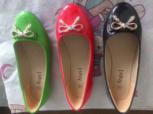 Les femmes de confort des chaussures à talon plat, les femmes des chaussures plates, le confort des paires de chaussures, 20000
