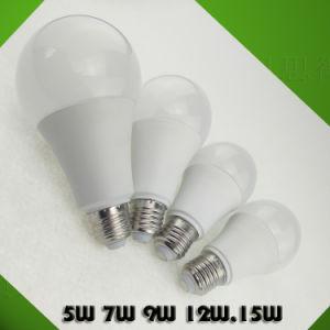 2700/6500K alto lúmen LED Lâmpada LED lâmpada economizadora de energia