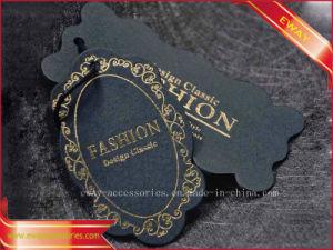 Modifica nera di caduta dell'oro del vestito degli uomini della modifica di caduta della scheda