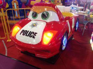 فائقة شرطيّ ملعب خارجيّة مرئيّة [كيدّي] عمليّة ركوب طفلة أرجوحة سيئة عمليّة ركوب [أركد غم مشن]