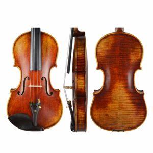 С другой стороны ручной работы высокого качества, старинной старой скрипки