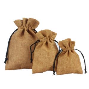 Bon marché De la toile de jute naturel coulisse fabricant de sacs de pochette