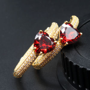 Nuevo diseño de moda de Joyería de pendientes de piedra de hielo de latón para mujeres
