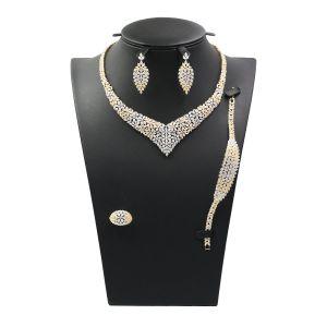 Bijoux en argent fixés avec Collier Bracelet Bague Earring