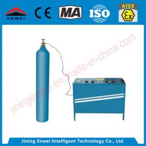 أكسجين غاز يملأ مضخة لأنّ مادّة كيميائيّة أو يلغم أكسجين كمامة