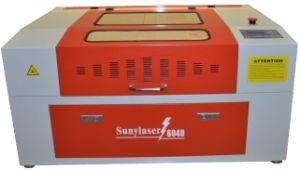 مصنع مباشر إمداد تموين [50و] ليزر زجاجة حفّارة مع دوّارة