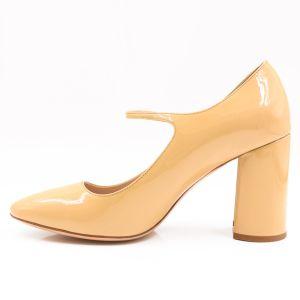 La mujer de barniz satinado Chunky zapatos de tacón alto con correa delantera