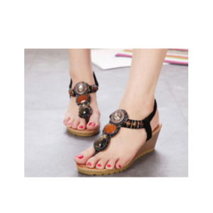 De belles femmes sexy sandales de filtre en coin