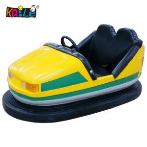 Una mini automobile Bumper gonfiabile dei due delle sedi di musica di illuminazione capretti adulti variopinti della batteria