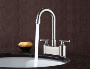 現代的なデザインステンレス鋼の洗面器のミキサーの洗面器の蛇口