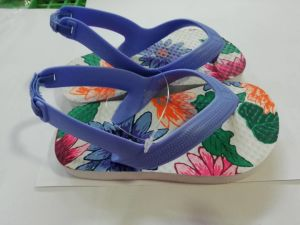 Plus tard en stock Enfants Tongs Chaussures multicolores
