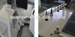 木工業の真空のベッドCNCのルーター機械、3つのスピンドルが付いている1325台の自動車のツールの変更CNCのルーター