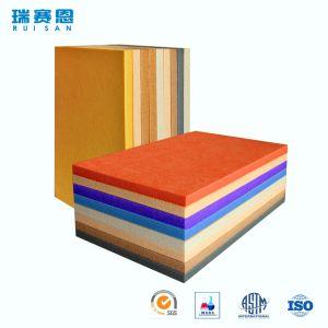 Première pente et écran antibruit réutilisé de fibre de polyester