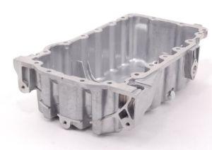 2006-2008年のVWのためのエンジンオイル鍋Jetta Passat 2.0Lターボ