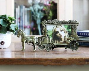 Nuevo diseño de aluminio de promoción personalizada de metal coches de caballos el marco de fotos (017)